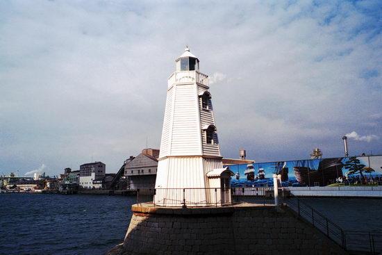 堺港の灯台