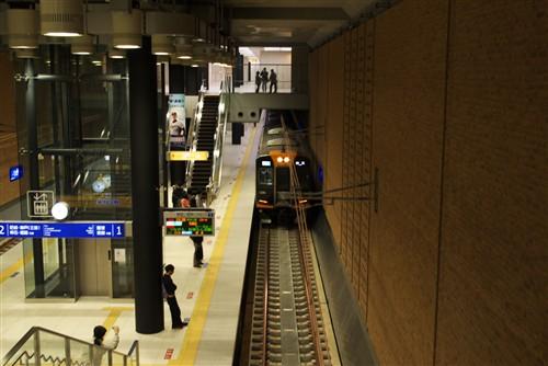 阪神電車なんば線ドーム前駅_2